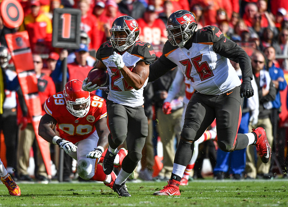 Buccaneers Make a Statement; Top Chiefs in Arrowhead 19-17