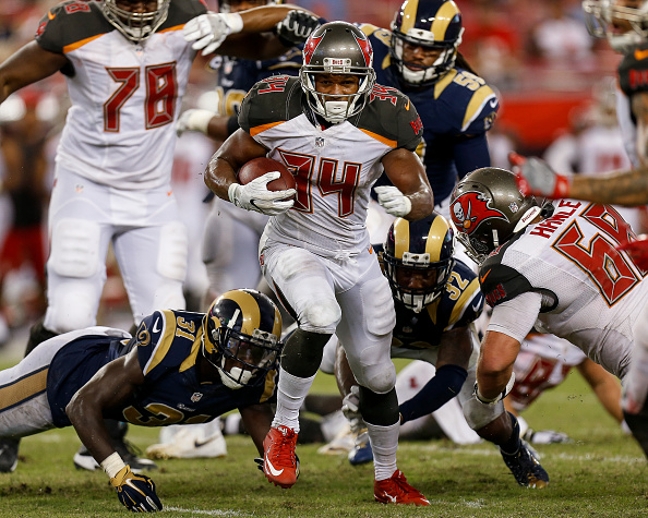 Buccaneers Activate RB Charles Sims for Matchup Against Saints